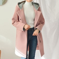 진비트 후드 누빔 코트