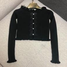 주얼리버튼 싱글레이스 니트 스웨터